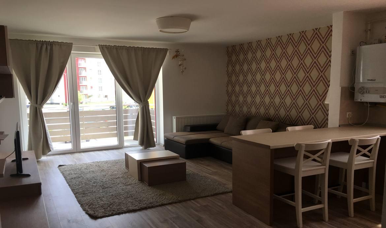Inchiriez apartament Avantgarden Brasov
