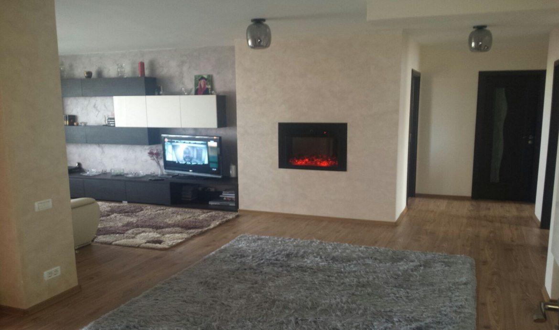 Apartament 4 camere Mihail Kogalniceanu