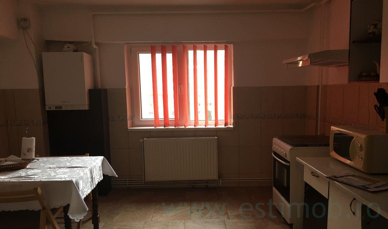 Apartament 3 camere de inchiriat Centrul Civic