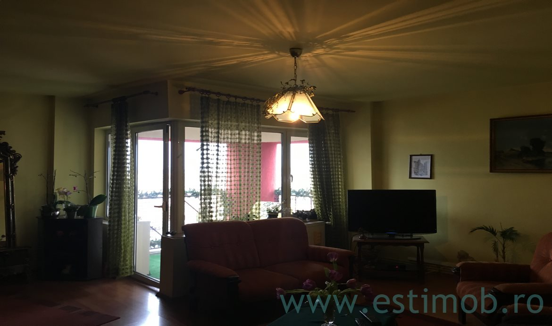 Apartament 3 Camere decomandat Vlahuta