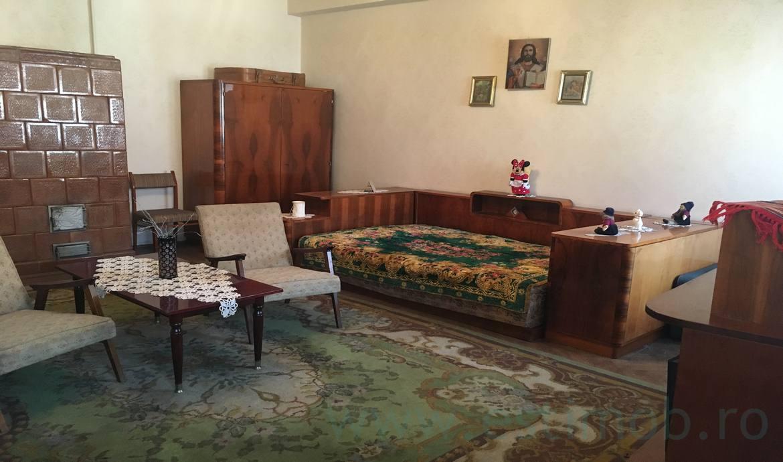 Vanzare Apartament 2 Camere zona Teatrul Dramatic
