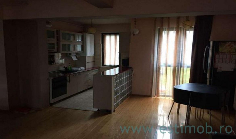 Vanzare Penthouse 4 Camere decomandat Racadau