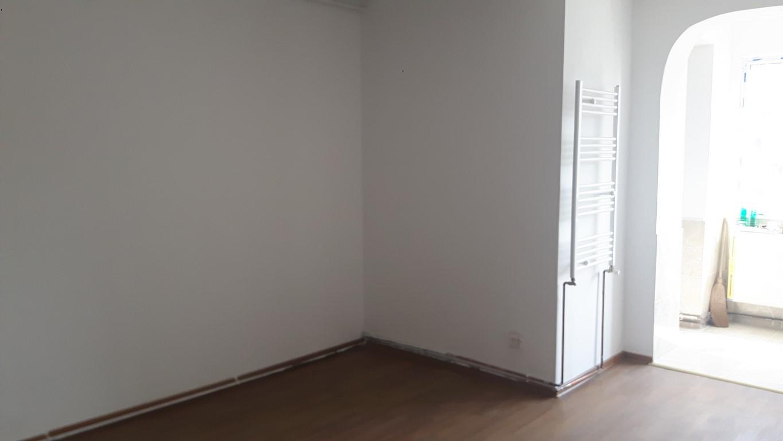 Vanzare Apartament 1 Camere semidecomandat Calea Bucuresti