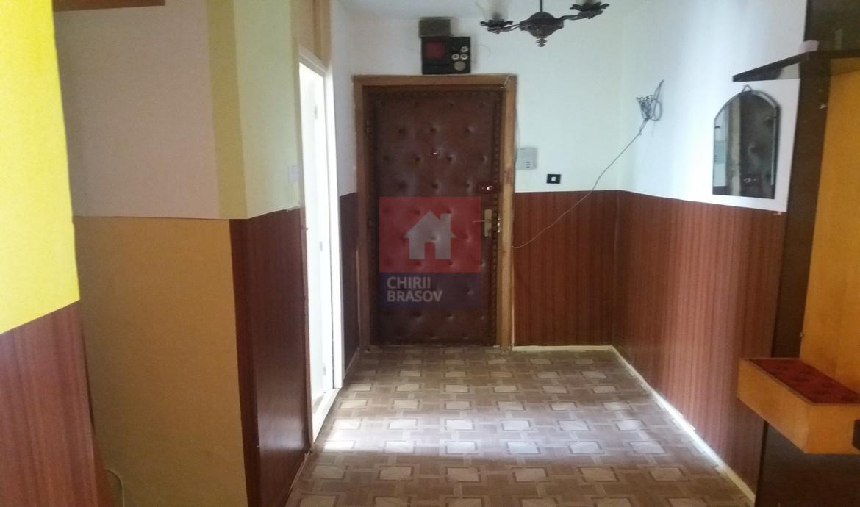 Vanzare Apartament 2 Camere decomandat Uzina 2