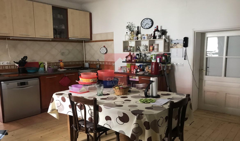 Inchiriere apartament in casa Str Lunga Brasov