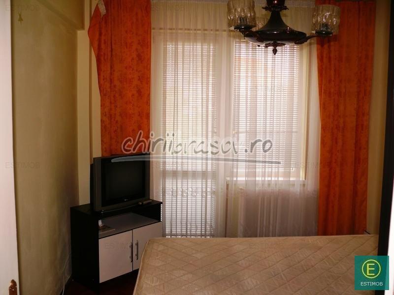 Apartament 3 camere de inchiriat Tractorul Brasov