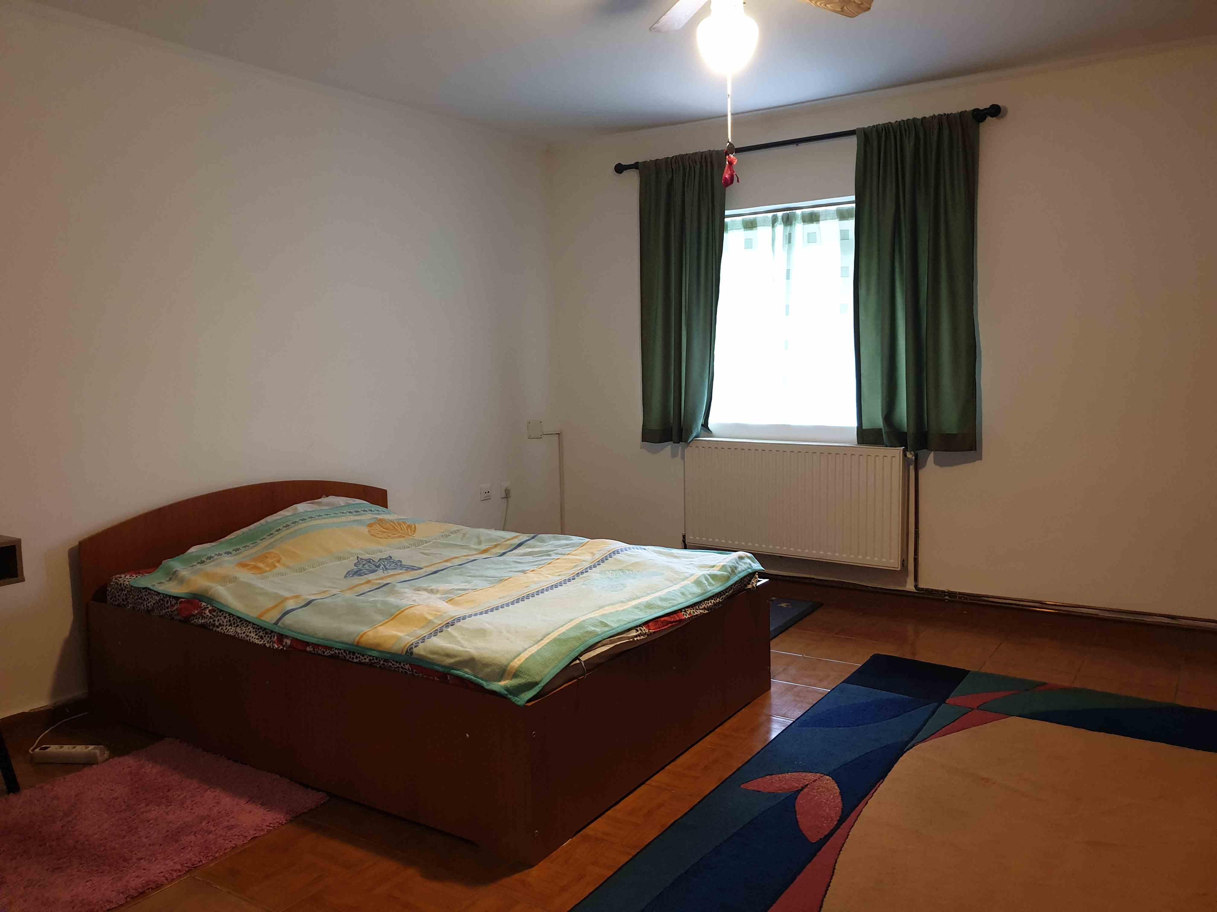 Exclusivitate 2 camere  zona Spitalul Judetean decomandat