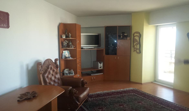 Inchiriere Apartament 2 Camere decomandat Centrul Civic zona Afi